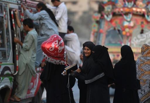 Pakistan: une université renomme la Saint-Valentin
