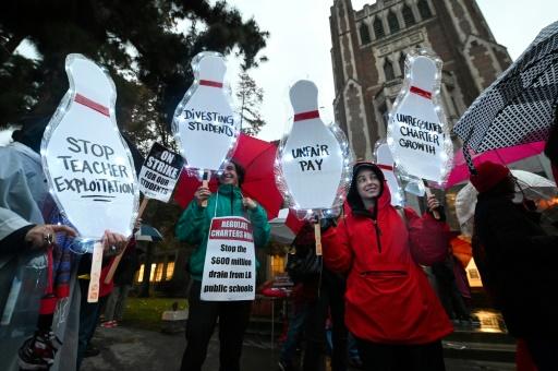 Grève des enseignants à Los Angeles, 500.000 élèves concernés