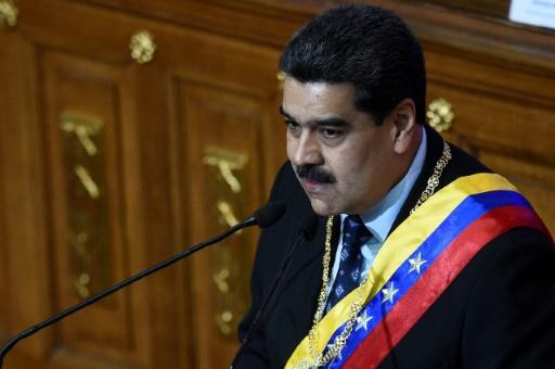 Venezuela: Maduro qualifie de