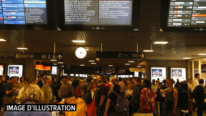 Le trafic de trains momentanément interrompu entre Bruxelles-Nord et Bruxelles-Central: pagaille sur le rail