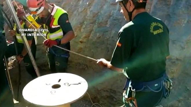 Espagne- les secours découvrent des cheveux du petit Julen, 2 ans, dans le puits 1