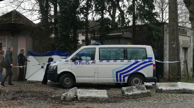 Le corps d'un quinquagénaire découvert dans un parc à Mons