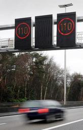 Sept conducteurs sur dix ne respectent pas les limites de vitesse affichées en dynamique