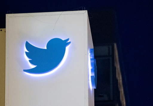 Twitter left tweets