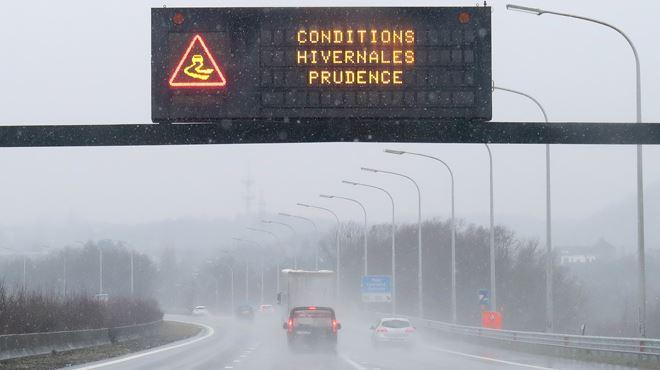 Prudence sur les routes cette nuit- des conditions glissantes et du brouillard givrant sont attendus 1