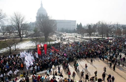 Des milliers de militants anti-avortement défilent à Washington