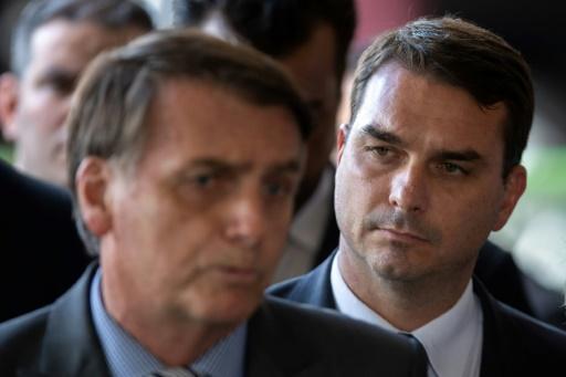Dépôts d'argent suspects: l'aîné de Bolsonaro parle d'une transaction immobilière