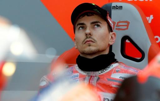 Moto: Lorenzo, opéré du poignet, absent des essais de Sepang
