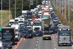 Le CD&V lance un appel aux idées créatives pour résorber les embouteillages