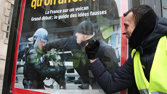 Gilets jaunes: la justice française statuera ultérieurement sur la remise en liberté de l'ex-boxeur Christophe Dettinger