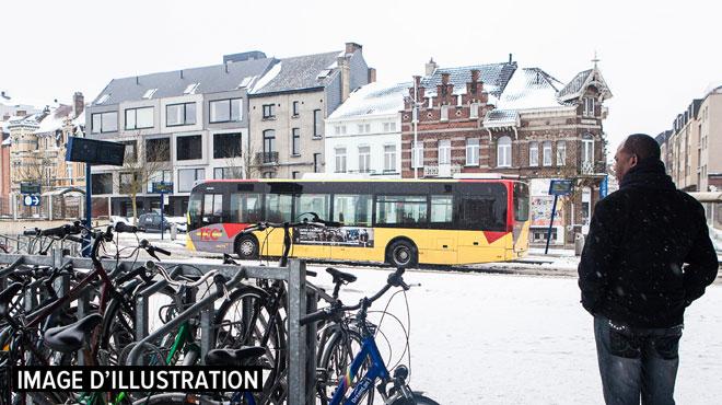 Neige: presqu'aucun bus ne roule aux TEC Hainaut