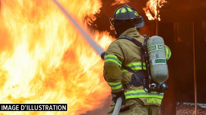 Incendie dans un immeuble d'appartements à Anderlecht: une des occupantes est brûlée au 3e degré