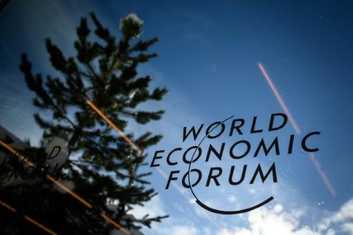 A Davos, l'élite économique mondiale cherche le bonheur
