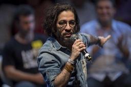 Brésil : un député gay renonce à son mandat et s'exile après des menaces de mort