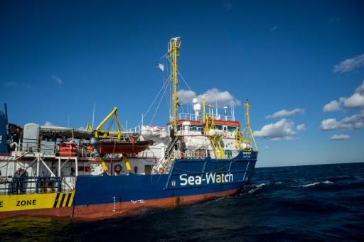 Le Sea Watch 3, avec 47 migrants à bord, est à moins de 2 milles des côtes italiennes