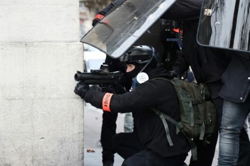 Le tribunal administratif de Paris refuse de suspendre l'usage du LBD
