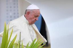 Le pape prend la défense des migrants