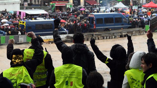 Acte 11 des gilets jaunes en France: des blessés par balles de défense, 65 gardes à vue à Paris