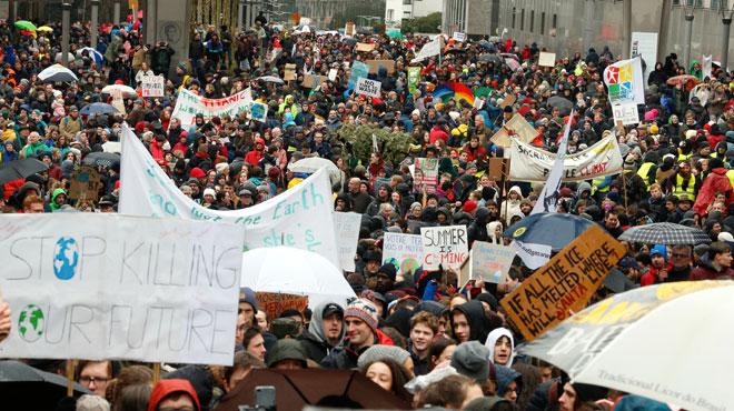 Marche pour le climat: quelque 30.000 personnes se sont rendues en train à Bruxelles
