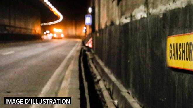 Le tunnel Leopold II brièvement fermé dans les deux sens à cause d'un véhicule en feu