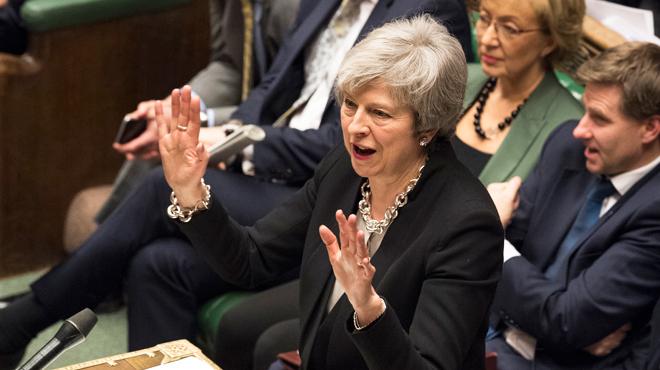 Les députés britanniques votent CONTRE un Brexit sans accord
