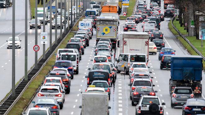 Un accident sur le ring extérieur de Bruxelles provoque plus d'une heure d'embouteillages en PLEINE HEURE DE POINTE