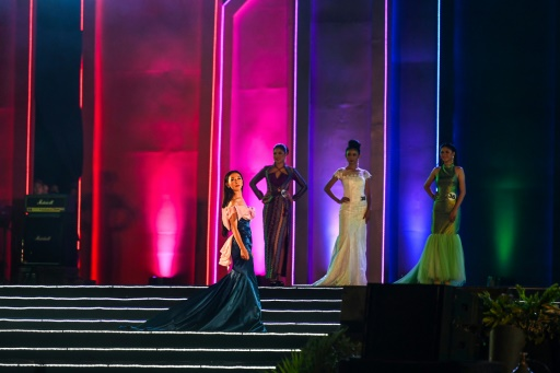 En Birmanie, un concours de beauté