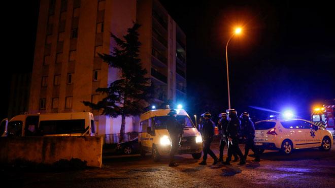 A Bastia, un forcené tue une personne et en blesse cinq autres, avant de se suicider au sujet d'un différend autour d'un chien