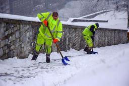 Malgré la neige, peu de problèmes sur les routes à l'heure de pointe