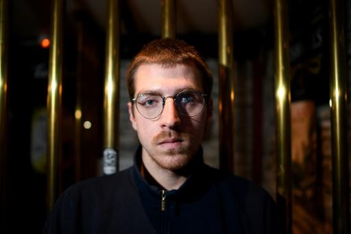 Eborgné en 2016, un étudiant rennais souhaite l'interdiction du LBD 40, arme
