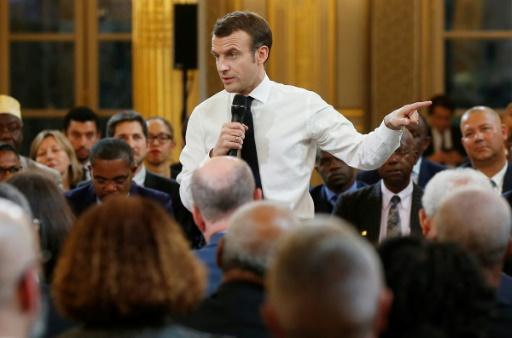 Grand débat: Macron reçoit la semaine prochaine les chefs de partis