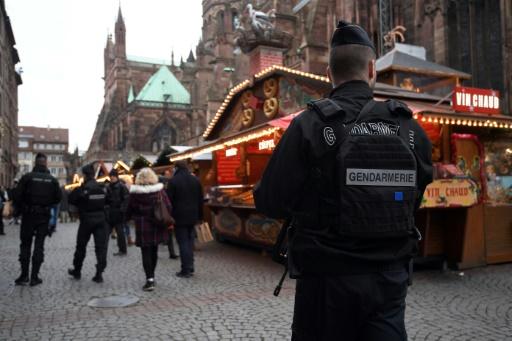 Attentat de Strasbourg: trois hommes soupçonnés d'avoir fourni l'arme mis en examen (source judiciaire)