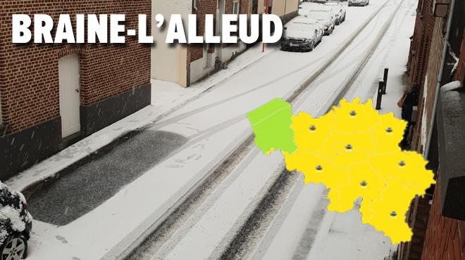 Neige: des conditions glissantes sur les routes jusqu'à dimanche matin dans la quasi-totalité du pays (photos)