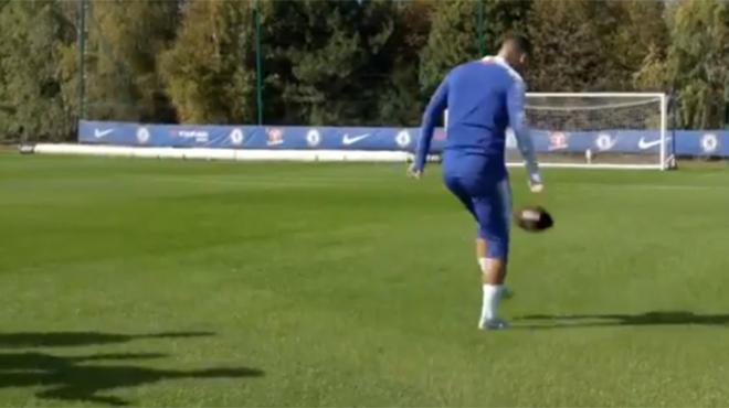 L'impressionnante facilité d'Eden Hazard avec un ballon de football américain