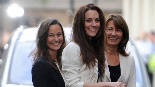 Pippa Middleton organise une grande fête pour sa maman, Carole: Kate est venue SANS son mari ni ses enfants (photos)