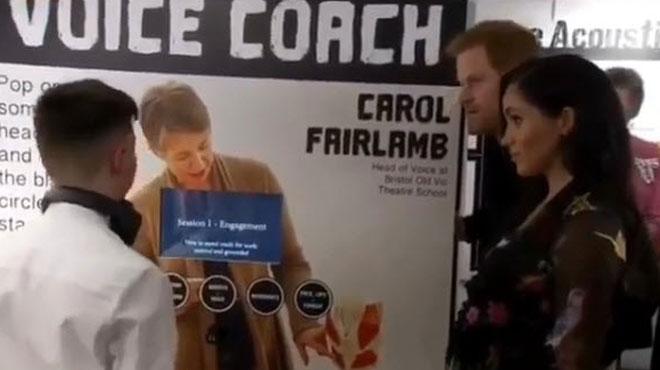 Regardez la réaction de Meghan et Harry quand le langage d'un ado DÉRAPE (vidéo)