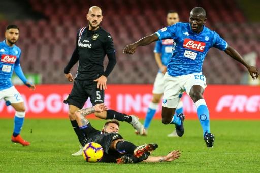 Italie: Naples balaie la Sampdoria Gênes