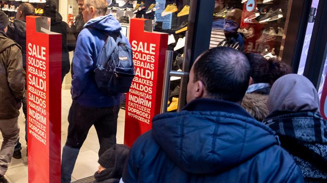 Vers la suppression du jour obligatoire de fermeture des magasins?