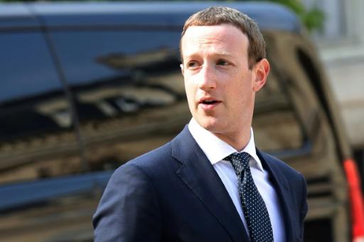 Zuckerberg défend le rôle de contre-pouvoir d'internet et Facebook