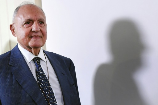 Italie: Savona quitte le gouvernement pour surveiller la Bourse