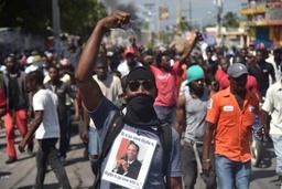 Haïti: des milliers de manifestants en colère contre la vie chère et la corruption