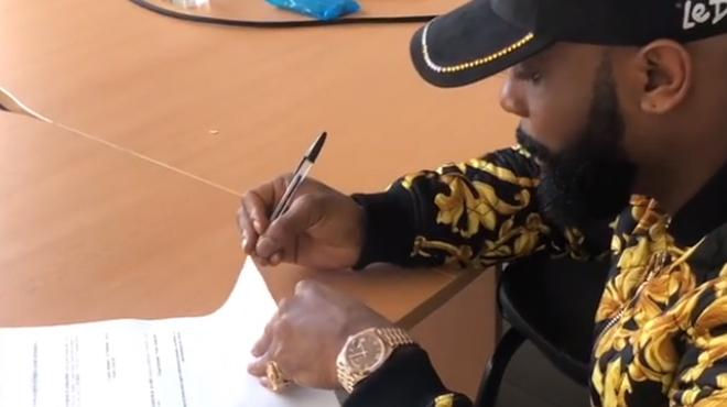 Kaaris affrontera finalement Booba en JUIN? Un contrat vient d'être signé par l'un des rappeurs (vidéo)