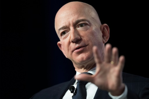 Affaire Bezos: un avocat du tabloïd nie un chantage sur le milliardaire