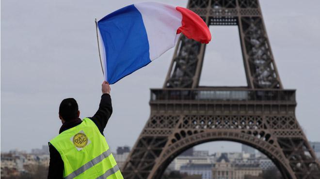 France: les gilets jaunes, plus sensibles que la moyenne aux