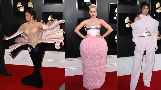 Les tenues les plus LOUFOQUES des Grammy Awards (photos)