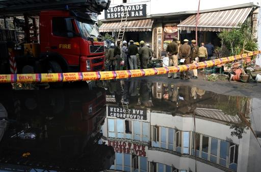 Inde: 17 morts dans l'incendie d'un hôtel à New Delhi (pompiers)