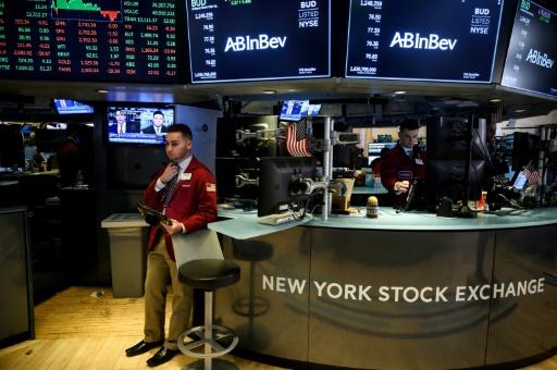 Wall Street ouvre en hausse, soulagée sur le