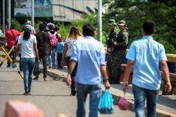 Tension et contrôles renforcés à la frontière de la Colombie et du Venezuela