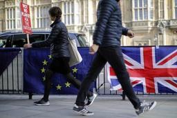 Londres dément prévoir un vote du Parlement au dernier moment