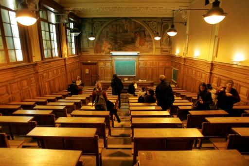 Au Maghreb, la hausse des frais universitaires en France passe mal